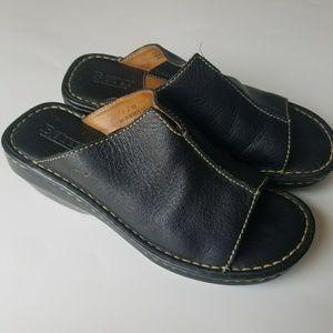 Born women's black leather slip on slide sandal 7